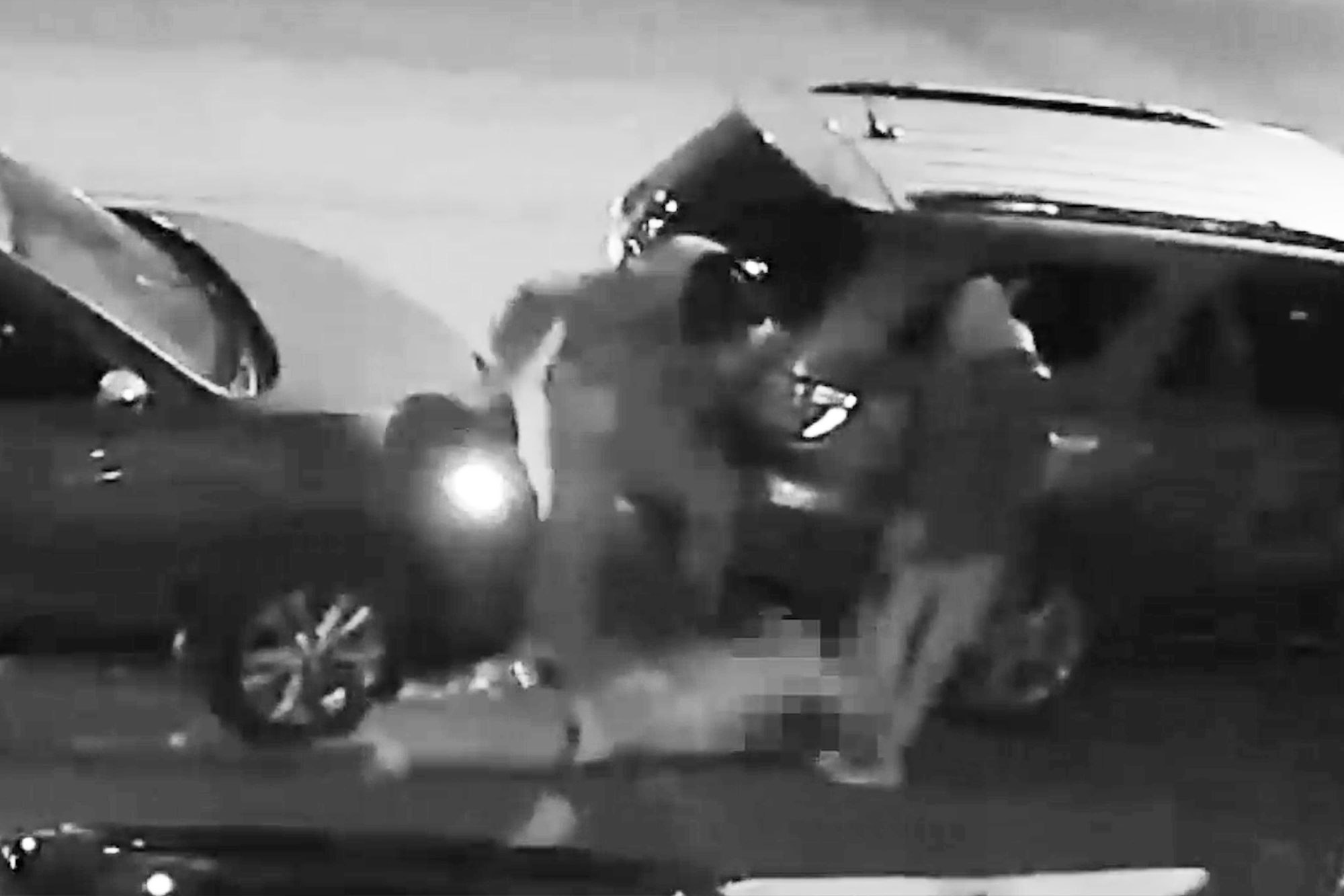 Man viciously attacked during Bronx robbery