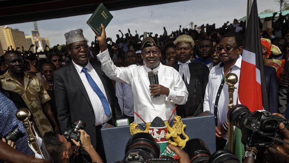 Kenya extends TV station ban over Odinga 'inauguration'