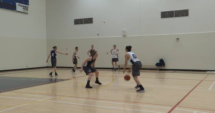 Queen's University basketball player joins elite club with 1,000-point benchmark