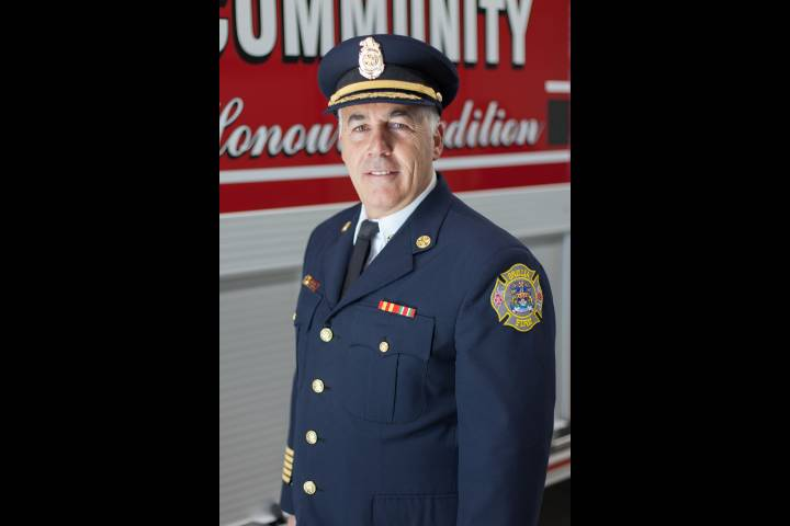 Orillia's fire chief to retire after 33 years of service