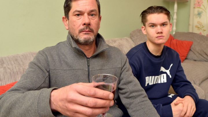 Dad refused wine at Tesco checkout while shopping with 17-year-old son