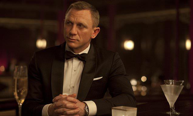 We DON'T expect you to dye, Mr Bond! Daniel Craig won't colour hair