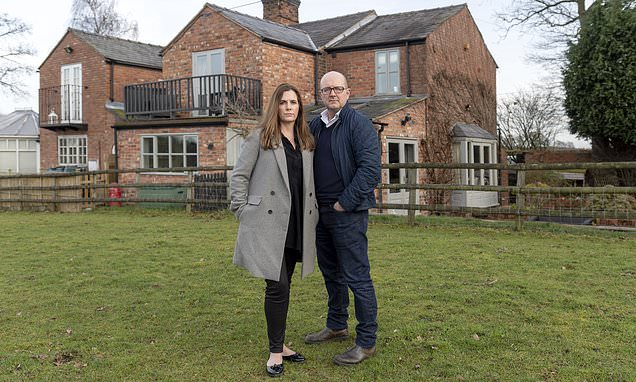 Couple sue HS2 for 'undervaluing their home by £60,000'