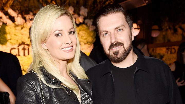 Holly Madison Finalizes Divorce From Pasquale Rotella