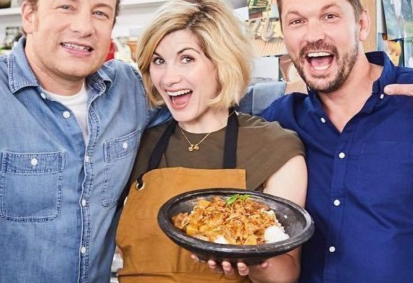 What time is Jamie and Jimmy's Friday Night Feast on Channel 4 tonight and who'll appear with Davina McCall?