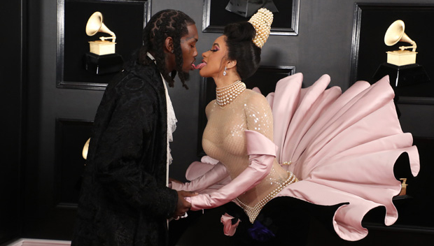 Cardi B & Offset Passionately Tongue Kiss At The Grammys To Confirm They're Back Together