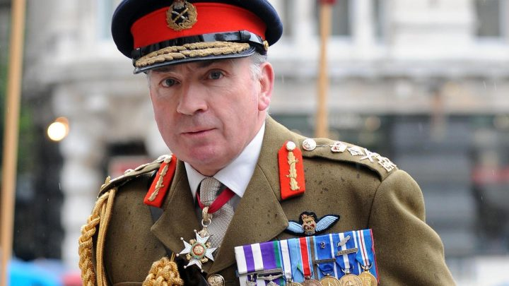 Britain should take back 800 ISIS fighters and have 'mercy' on them ex-army chief insists