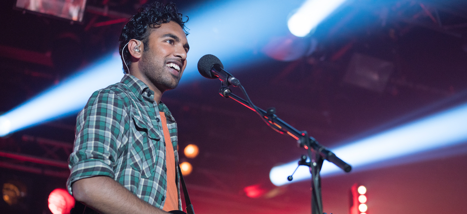'Yesterday' Trailer: Only One Man Remembers The Beatles in Danny Boyle's New Musical Rom-Com