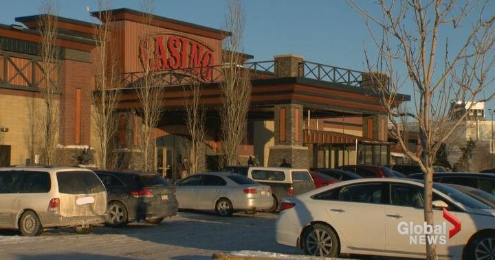 Calgary father charged with leaving child in car for 2 hours outside casino