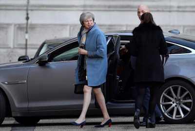 UK's May rejects pivot toward Brexit customs union compromise
