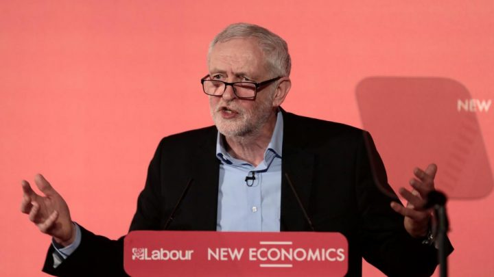 UK's Labour urges government to back customs union Brexit plan ahead of Brussels visit