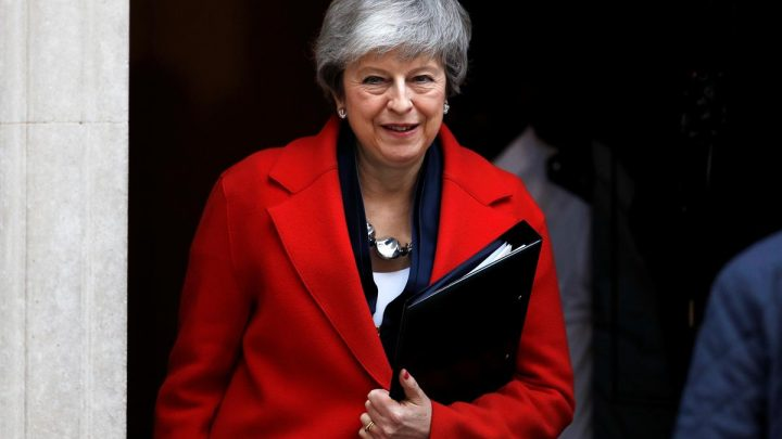 No-deal Brexit or short delay? British PM May offers lawmakers a choice