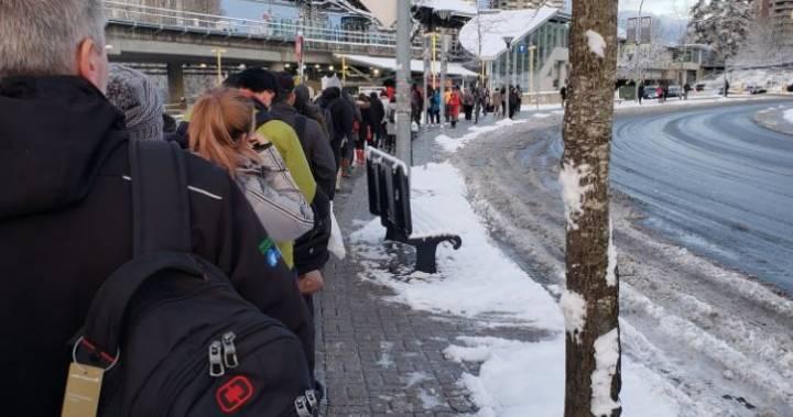 Major transit delays Monday due to snowfall across Metro Vancouver
