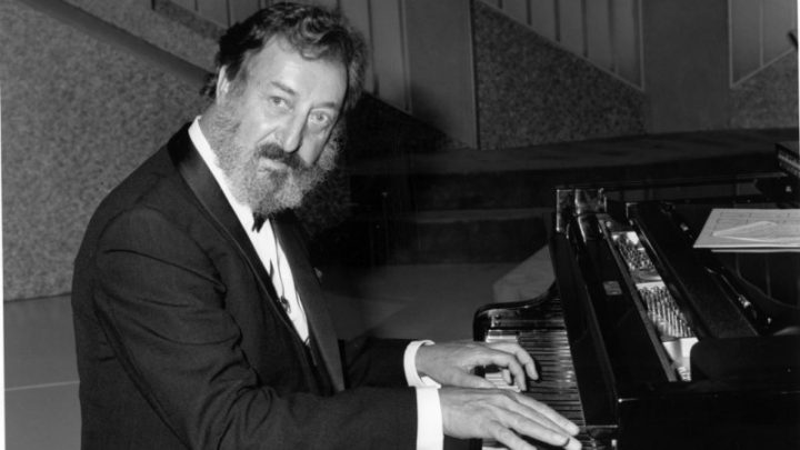 Musician and TV personality Geoff Harvey dies, aged 83