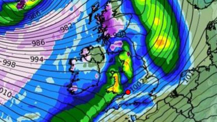 UK weather forecast – Snow and severe gales to smash into Britain for DAYS