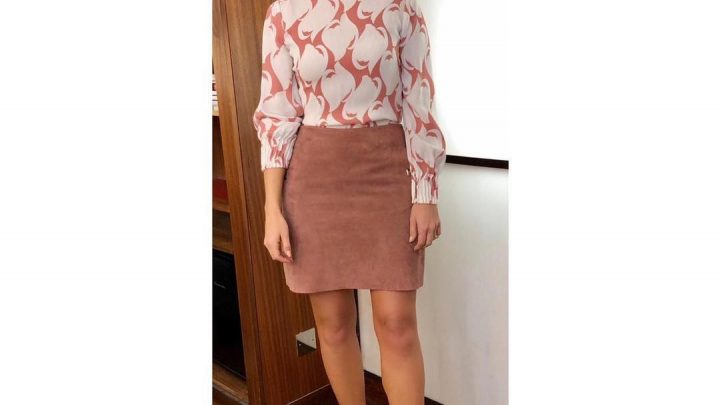 Holly Willoughby channels Meghan Markle in pink Reiss blouse on This Morning