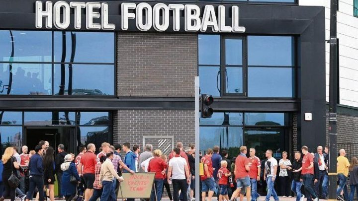 Giggs defends decision to put Wales in his own hotel – just yards from Old Trafford