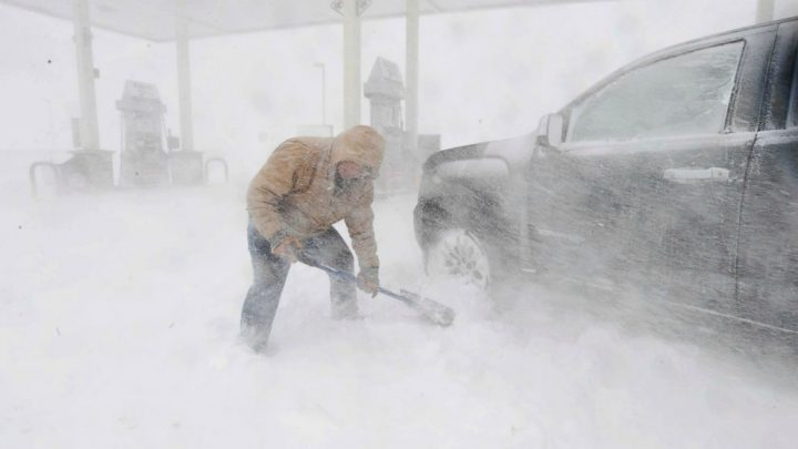 Blizzard cripples the High Plains as gusty winds cover central US