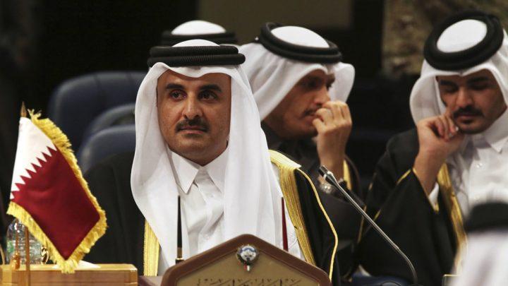 Qatari emir in Russia to discuss Syrian crisis