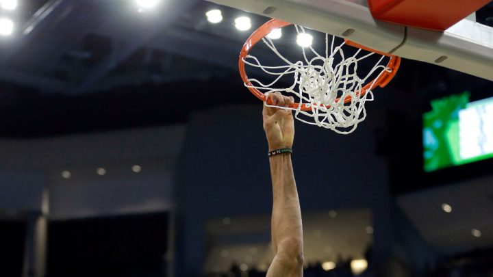 Giannis Antetokounmpo Makes It a Record Season for 50-Point Scorers