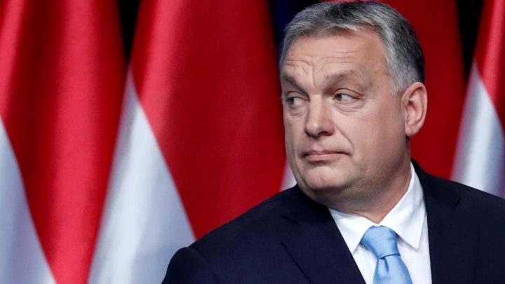 Leader of EU conservative bloc seeks talks with Hungary's Orban over party row