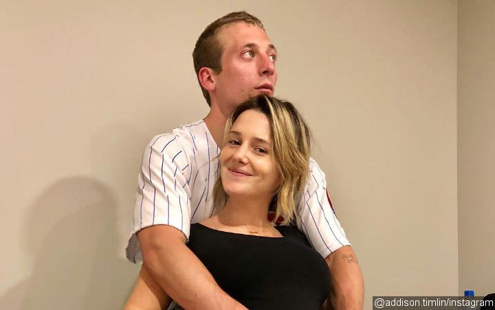 Jeremy Allen White Engaged to Addison Timlin Months After Birth of Daughter