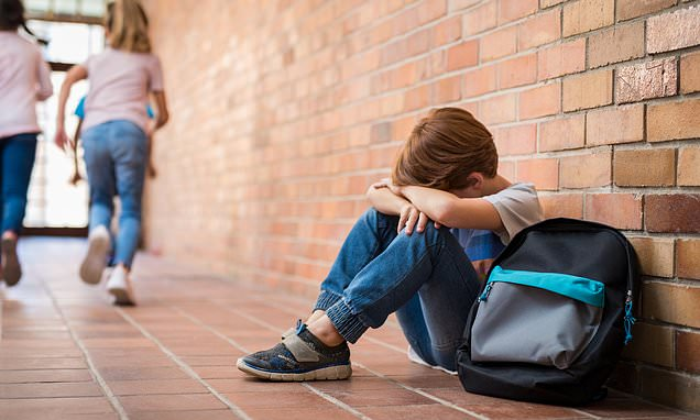 School bullying crisis as '12,000 parents apply to move children'