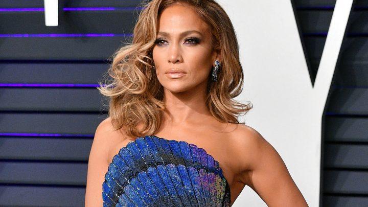 The internet cannot handle Jennifer Lopez's sexy bikini photo
