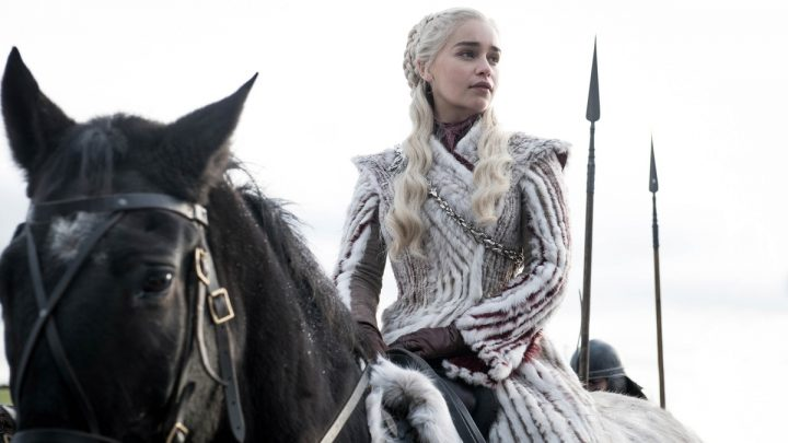 All The Signs Daenerys Will Survive 'GoT' Season 8, No Matter How Deadly
