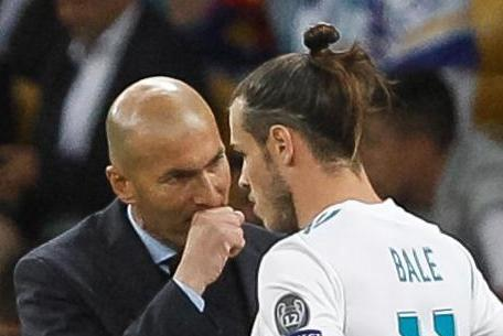 Zinedine Zidane tells Real Madrid to sell Man Utd transfer target Gareth Bale even if it means taking a financial hit