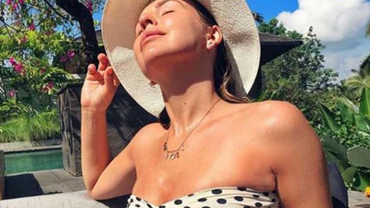 Lydia Bright shows off her toned figure and underboob in revealing polka dot bikini