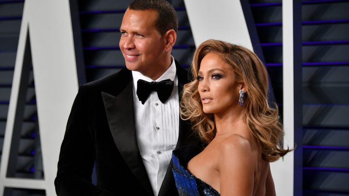 Jennifer Lopez's Response To Those Cheating Claims Against Alex Rodriguez Was So Low-Key