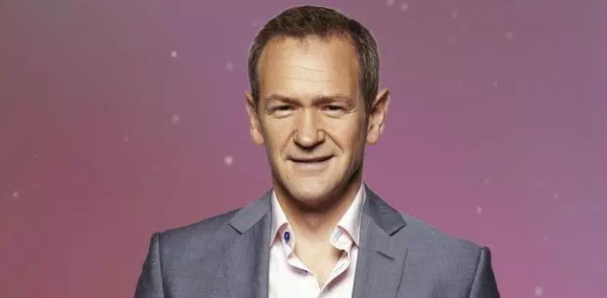 Who does Alexander Armstrong voice in Peppa Pig, is the Pointless Celebrities presenter married and does he make music?