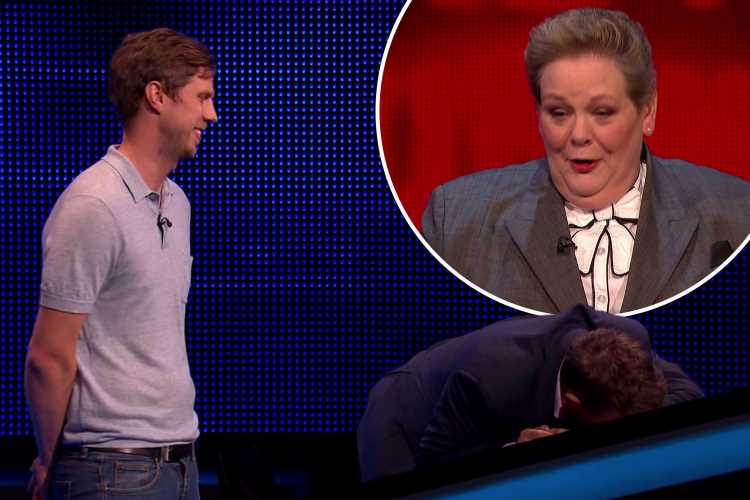The Chase's Bradley Walsh collapses in horror as Anne Hegerty is stumped by sausage question