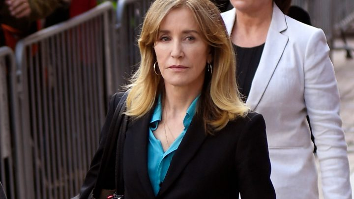 Felicity Huffman, 12 others to plead guilty in college admissions scandal