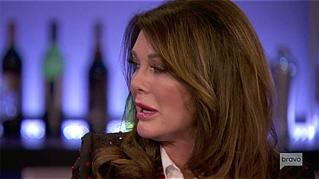 Lisa Vanderpump Cries At 'Vanderpump Rules' Reunion Amid 'RHOBH' Feud: 'I Didn't Do Well This Year'