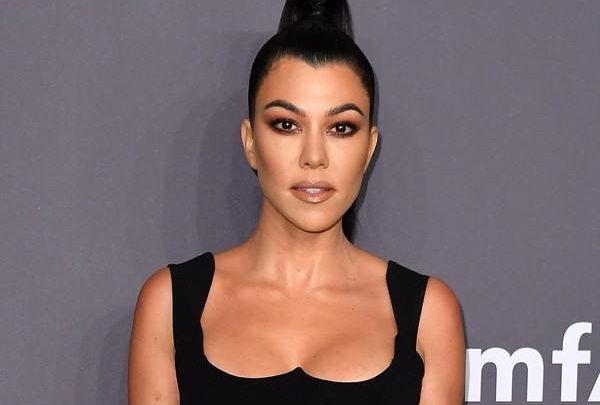 Kourtney Kardashian Gets Honest About Her Not-So-Perfect Beauty Routine on Kardashians