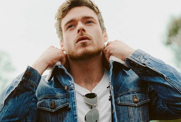Richard Madden Talks About Filming Sex Scenes With Both Men and Women