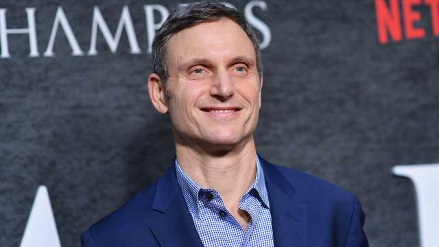 Tony Goldwyn Proposes a 'Radio City Music Hall Version' of 'Scandal'
