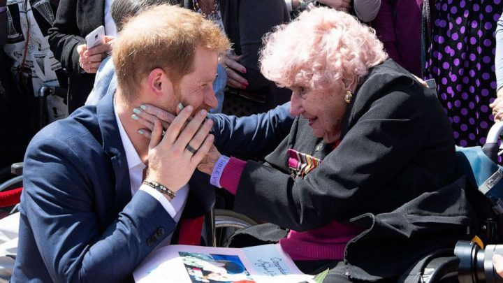 Daphne Dunne, Prince Harry's 99-year-old Australian fan, dies
