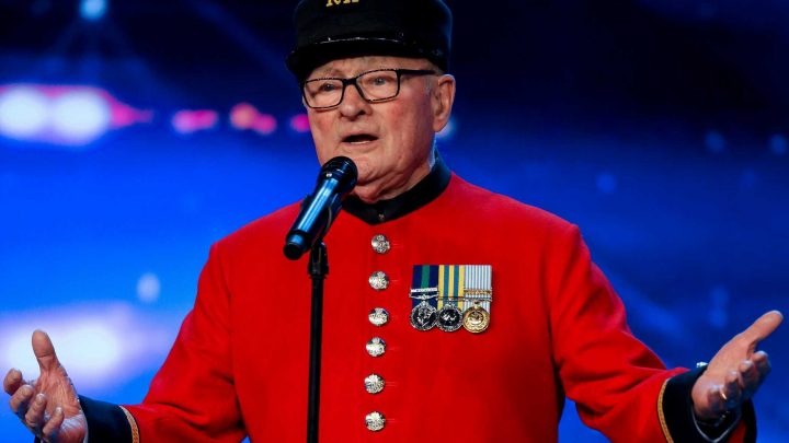 Britain's Got Talent viewers in tears as Chelsea Pensioner Colin Thackery, 88, sings tribute for late wife