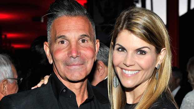 Lori Loughlin and Her Husband Are Building Their Own Defense