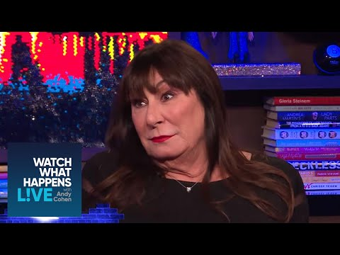Anjelica Huston Shares Some NSFW Dirt About Ex Jack Nicholson!