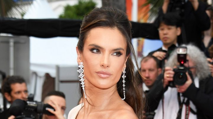 Alessandra Ambrosio's Cannes Film Festival Beauty Vibe Is Easy to Recreate