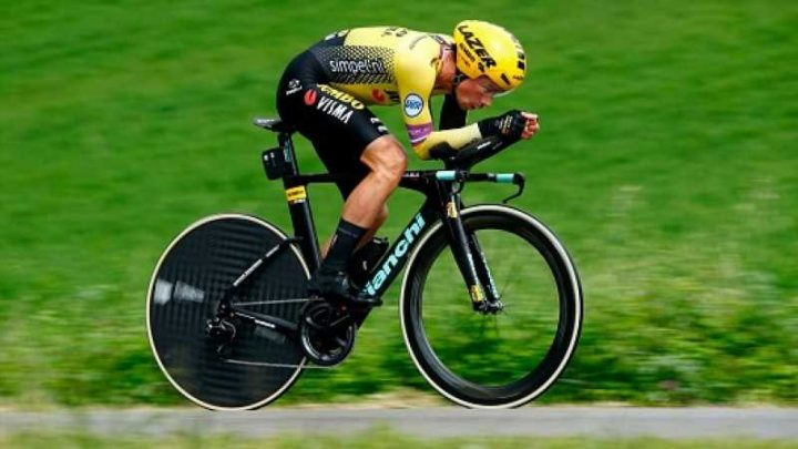 Primoz Roglic wins stage nine of Giro d'Italia after time-trial glory
