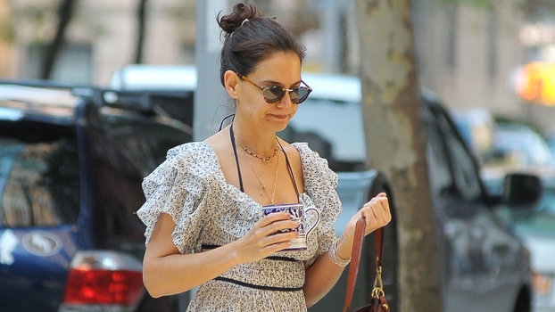 Katie Holmes Matched Her Shoes to Her…Coffee Mug?