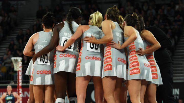 Magpies take bragging rights over Vixens in Super Netball derby