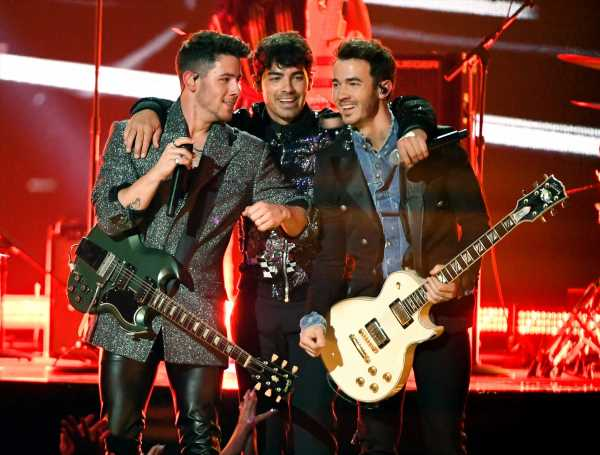 Here's How To Stream The Jonas Brothers 'Happiness Begins,' The Best Comeback Album Ever