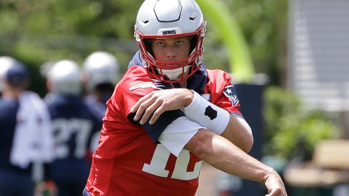 Tom Brady sends fans into a frenzy with tweet about minicamp