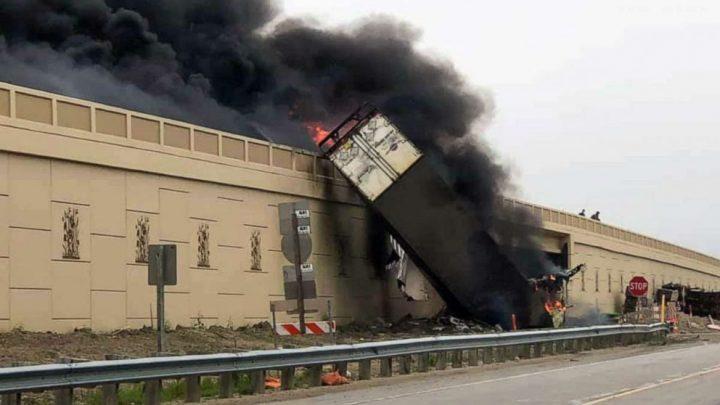 2 dead in fiery crash involving 2 tractor trailers